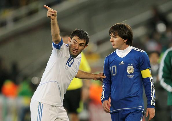 Karagounis - Messi