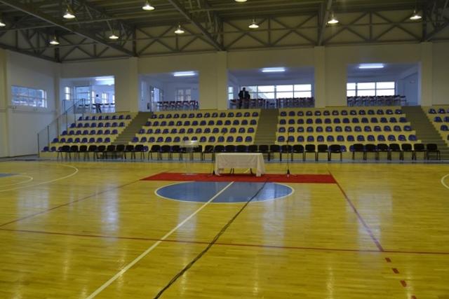 Kleisto gimnastirio Molaon