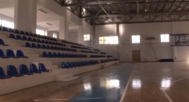 kleisto gymnastirio Molaon